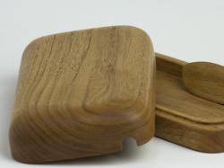 工房COCO(工房ココ)の木製バターケース クルミ
