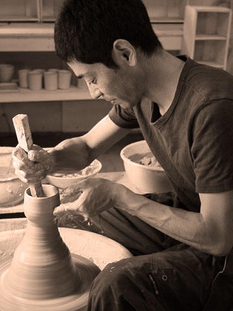 taro-cobo(タロウ工房)の作家(竹之内太郎)の器(陶器)blue(ブルー)シリーズ、ポット